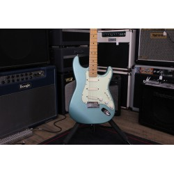 Stratocaster Plus Sonic Grey + Étui - Occasion
