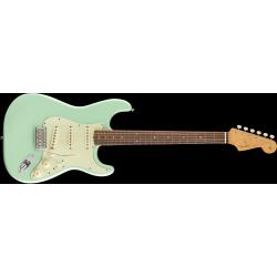 Fender Vintera '60s Stratocaster®, Pau Ferro Fingerboard, Surf Green