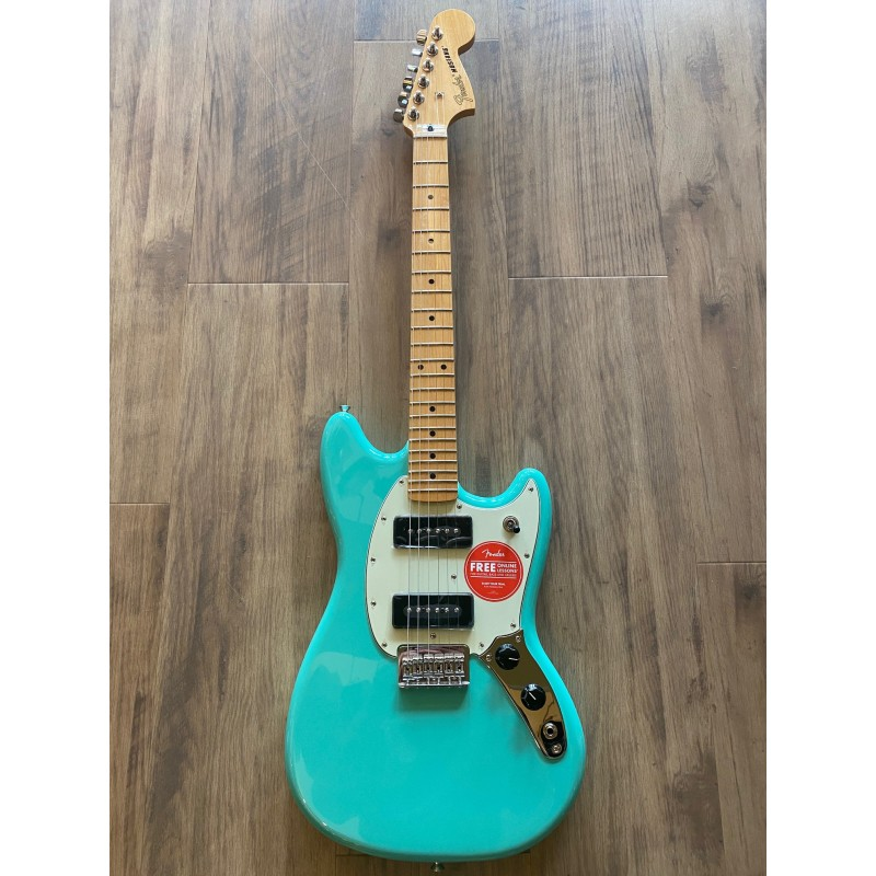 Fender Player Mustang® 90, Maple Fingerboard, Seafoam Green