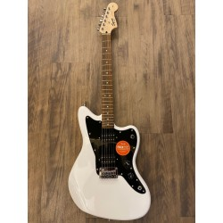 Squier Affinity Series™ Jazzmaster® HH, Laurel Fingerboard, Arctic White