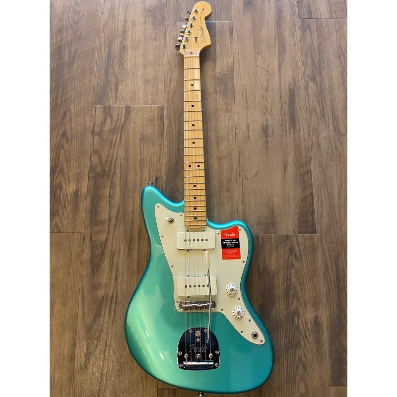 Fender Jazzmaster® American Professional Mystic Seafoam