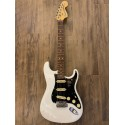 American Performer Stratocaster®, Rosewood Fingerboard, Arctic White