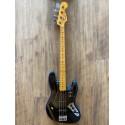 American Professional II Jazz Bass®, Maple Fingerboard, Dark Night