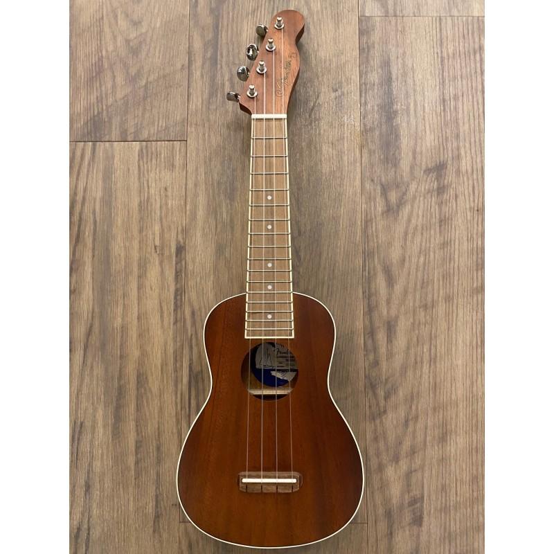Fender Seaside Soprano Ukulele Pack, Walnut Fingerboard, Natural