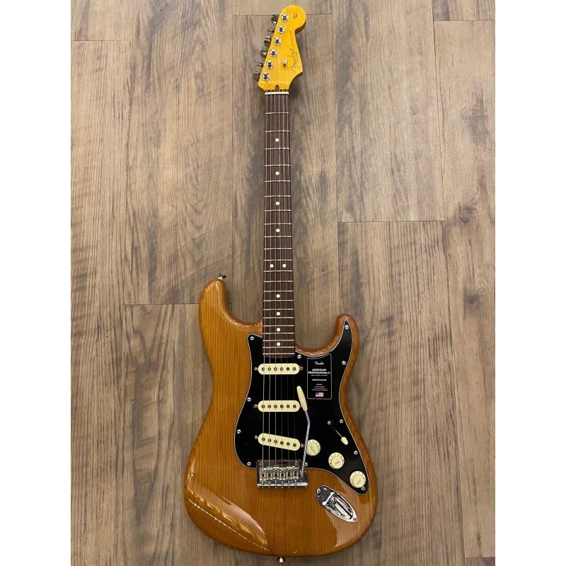 Fender American Professional II Stratocaster®, Planche à doigts en bois de rose, Pin rôti