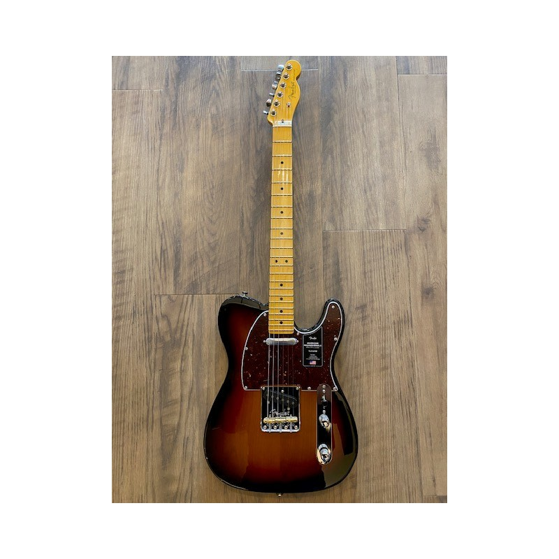 Fender American Professional II Telecaster®, Maple Fingerboard, 3-Color Sunburst