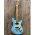 Noventa Stratocaster®, touche en érable, bleu Daphne