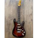 American Professional II Stratocaster®, touche en palissandre, 3 couleurs Sunburst