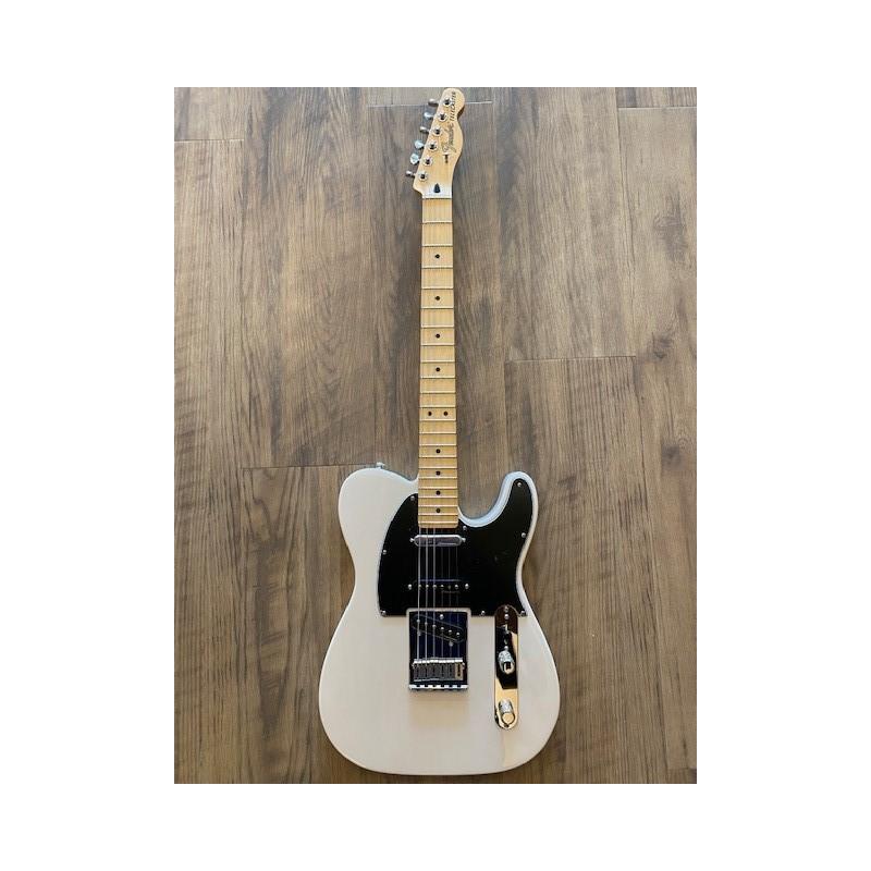 Fender Deluxe Nashville Telecaster®, touche en érable, blond blanc