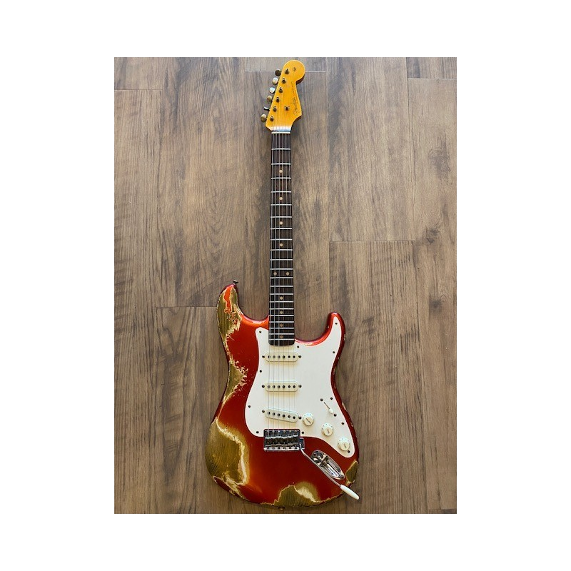 Fender 1959 Stratocaster® Heavy Relic®, Rosewood Fingerboard, Super Faded Aged Candy Apple Red