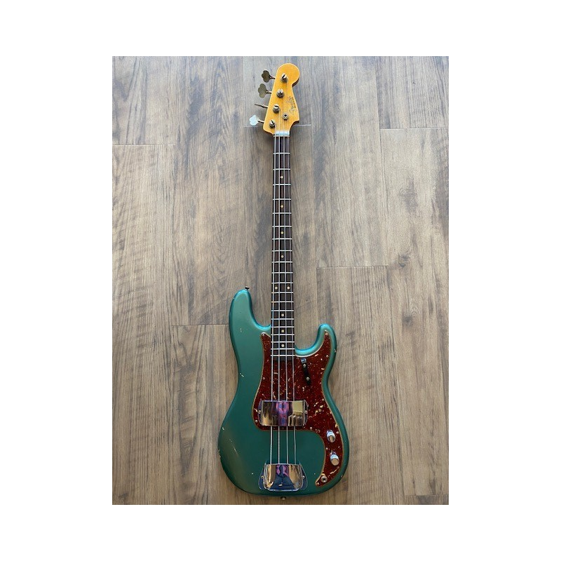 Fender 1961 Precision Bass® Relic®, Rosewood Fingerboard, Aged Sherwood Green Metallic