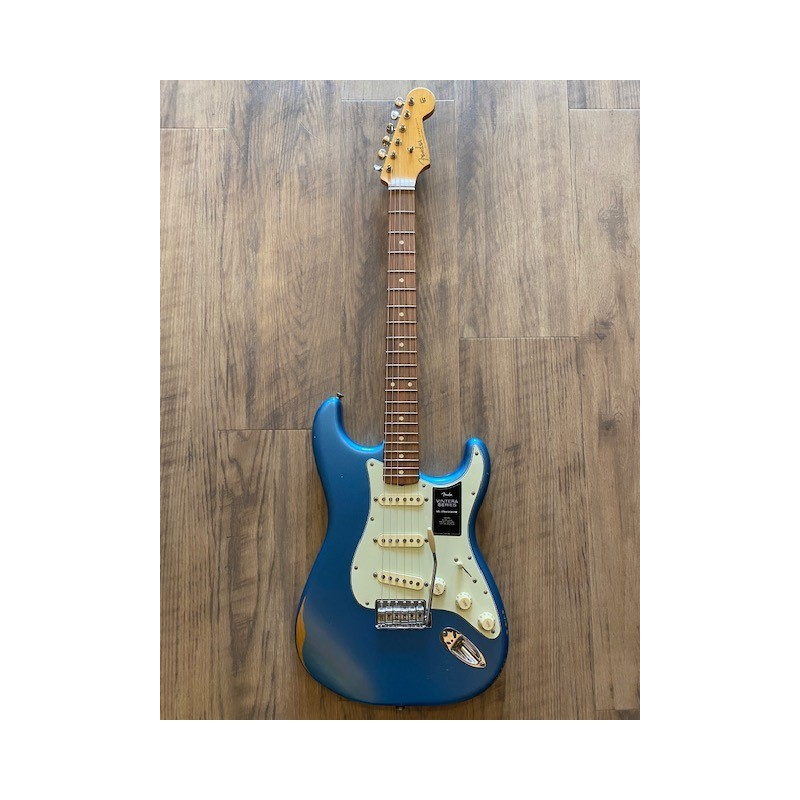 Fender Vintera Road Worn® '60s Stratocaster®, Pau Ferro Fingerboard, Lake Placid Blue