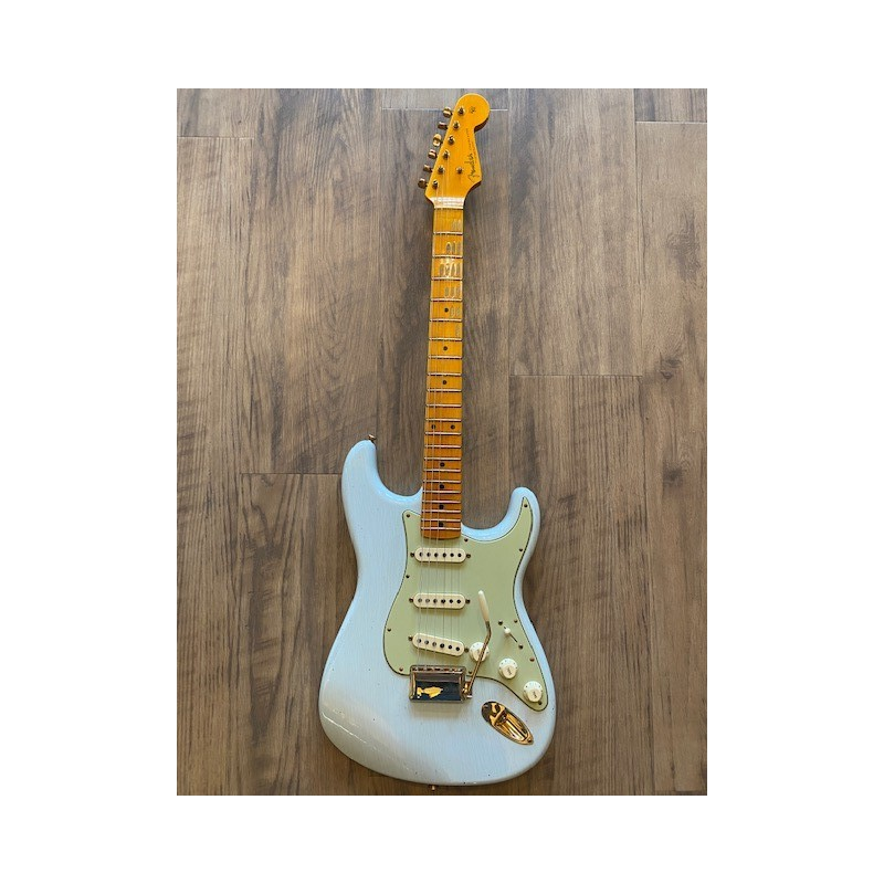 Fender Limited Edition '62 Bone Tone Stratocaster® Journeyman Relic®, Maple Fingerboard, Super Faded Aged Sonic Blue