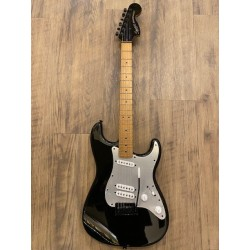 Contemporary Stratocaster® Special, Roasted Maple Fingerboard, Silver Anodized Pickguard, Black