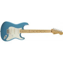 Stratocaster® Standard Maple - Lake Placid Blue