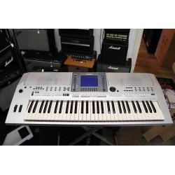 Yamaha PSR S700 - Clavier Arrangeur Occasion